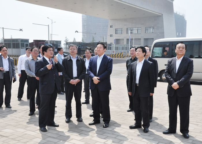 Leaders Li Zhengwen and Luo Qingyu visited Fanglue